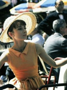 Audrey Hepburn in orange Givenchy dress, Paris When It Sizzles, 1964 Timeless Beauty, Classic Beauty, True Beauty, Soft Classic, Classic Style, Audrey Hepburn Dresses, Audrey Hepburn Pictures, Aubrey Hepburn, Audrey Hepburn Style