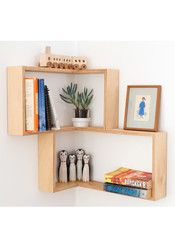Corner Display / Book Shelf