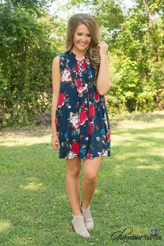 Claryville Floral Dress is classic and effortless! This sleeveless dress features an all-over floral print in gorgeous colors making it a great transition piece.