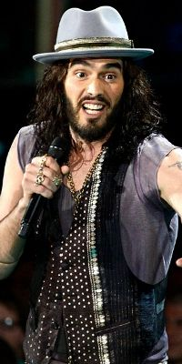 Looking for the official Russell Brand Twitter account? Russell Brand is now on CelebritiesTweets.com!