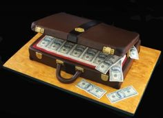 fabulous idea for a groom's cake! Briefcase Filled with Money jakes birthday cake Creative Cake Decorating, Cake Decorating Techniques, Creative Cakes, Cookie Decorating, 40th Cake, 18th Birthday Cake, Fondant Cupcakes, Cupcake Cakes, Celebration Cakes