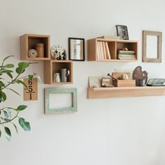 MUJI 無印良品 Diy Interior, Apartment Interior, Room Interior, Interior Decorating, Interior Design, Muji Home, Muji Style, Home And Living, Wall Decor
