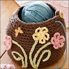 Ravelry: The Crocheter's Friend free crochet pattern by Ann Parri ~ Inspiration - a crocheted yarn bowl! Crochet Home, Love Crochet, Crochet Gifts, Crochet Yarn, Loom Knitting, Knitting Patterns, Crochet Patterns, Yarn Projects, Crochet Projects