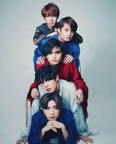 Korean Entertainment Companies, P Wave, Pop P, Free Phone Wallpaper, 5 Babies, Group Photos, Super Junior, Boy Groups, Abs