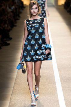 Cara Delevingne in 40 Runway Shows   Vogue Paris