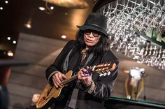 """This guy is amazing. I saw """"Searching for Sugar Man"""" last night. Great film. sixto rodriguez paris france"""