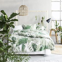 bedroom inspiration Summer Trends Bedroom Inspiration With Tropical Design beautiful rug and textiles tropical bedroom themes modern master bedroom decor interior design bedroom inspiration ideas Style Tropical, Tropical Home Decor, Tropical Design, Tropical Interior, Tropical Colors, Tropical Plants, Green Bedroom Design, Bedroom Green, Bedroom Black