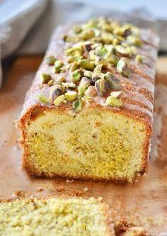 Pistachio lemon cake from Jamie Oliver Baking Recipes, Cake Recipes, Dessert Recipes, Jamie Oliver, Citroen Cake, Pistachio Cake, Bowl Cake, Cool Birthday Cakes, Sweet Cakes