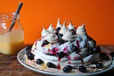 Home-made lemon and blueberry Pavlova with jar of lemon curd   H is for Home #recipe #SwissMeringue #meringue