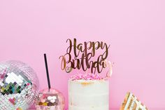 Celebrate your birthday in style! This cake topper features the words 'Happy Birthday in pretty calligraphy lettering and comes in a range of colours and finishes. You can personalise this topper by adding a name of your choice. If you choose to add a name the topper will be 3 tiered