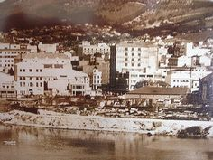 1938 c Woodstock seaside Old Photos, Vintage Photos, Most Beautiful Cities, Back In Time, Historical Pictures, Africa Travel, Woodstock, Cape Town, Seaside
