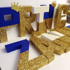 Glitter baby shower decor Gold glitter crown baby letters or any glitter color… Royal Baby Shower Theme, Baby Shower Themes, Baby Boy Shower, Shower Ideas, Prince Birthday Party, Birthday Parties, Prince Party, Shower Party, Baby Shower Parties