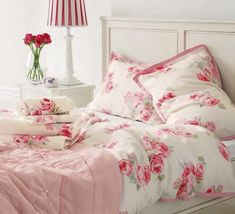 from Laura Ashley Katalog Autum Winter 2014 Laura Ashley, Ashley Home, Dream Bedroom, Home Bedroom, Bedroom Decor, Floral Bedroom, Romantic Cottage, Shabby Chic Cottage, Romantic Homes