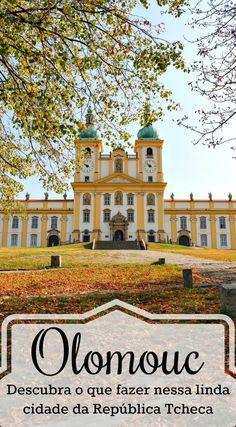 Olomouc é uma cidade linda e escondida na República Tcheca. Um destino ainda pouco conhecido mas cheio de belezas e história. Fizemos um guia com todas as dicas de Olomouc. Onde ficar, o fazer em Olomouc, melhores restaurantes e como chegar lá. Tudo o que você precisa saber para planejar sua viagem, conhecer Olomouc e a região da Morávia Central na República Tcheca. #Olomouc #RepublicaTcheca #Viagem #DicasdeViagem #Europa #RoteirodeViagem #Czechia via @loveandroad