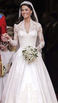 Wedding Dresses on Pinterest | Celebrity Weddings, Celebrity Wedding ...