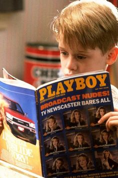 Macaulay Culkin in Home Alone, 1990 Kevin Home Alone, Home Alone 1990, Home Alone Movie, Playboy, Kevin Mccallister, Movies Worth Watching, Home Tv, Poster Vintage, Retro Posters