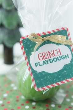 Grinch Playdough: an easy and festive gift idea for the little ones in your life.