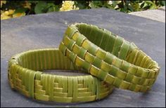 Weaving flax wristbands activity. Good instructions.