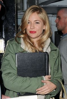 Sienna Miller rehearses for new play
