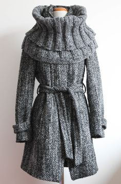 OMG i love this and i have a coat just like this! must learn to e5e06c13f66