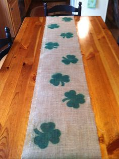 Burlap Shamrock Table Runner- St Patrick's Day - maybe us a potato for the stencil