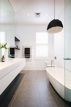 Browse modern bathroom ideas images to bathroom remodel, bathroom tile ideas, bathroom vanity, bathroom inspiration for your bathrooms ideas and bathroom design Read Bathroom Toilets, Bathroom Renos, Bathroom Layout, Modern Bathroom Design, Bathroom Interior Design, Bathroom Designs, Modern Bathrooms, Bathroom Goals, Small Bathrooms