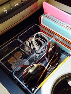 Use an Acrylic Tray in Your Car's Console #organizingtips