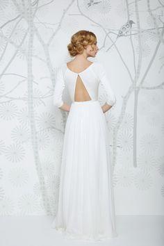 SADONI wedding dress ELITA C with trendy silk jersey boat neckline and flowy chiffon skirt!
