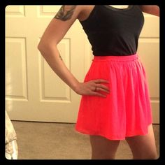 American Eagle size S neon pink flare skirt Perfect condition wore this maybe once stretchy waist can fit small to medium! Non smoking home American Eagle Outfitters Skirts