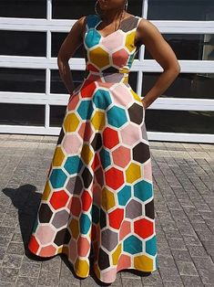 African fashion is available in a wide range of style and design. Whether it is men African fashion or women African fashion, you will notice. Latest African Fashion Dresses, African Dresses For Women, African Print Dresses, African Print Fashion, African Attire, Latest Fashion, Vestidos Vintage, High Waist, Dresses Online