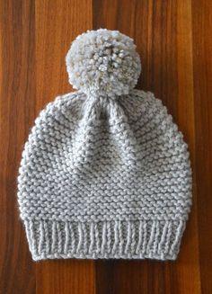 hello birdie: Le bonnet Monop' Plus Baby Hats Knitting, Crochet Baby Hats, Loom Knitting, Knitted Hats, Knit Crochet, Baby Hat Patterns, Baby Knitting Patterns, Knitting Designs, Diy Crafts Knitting