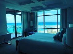 Talk about a room with a view...  #sun #sea #sand #bahamas  @thecoveatlantis #sapphire #suite #bedroom