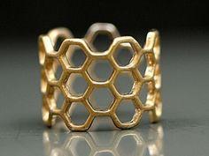 Unser neuer Waben Hexagon Ring. <3