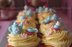 Amazing tea party cupcakes, I am not nearly this talented but these are just precious!!!!