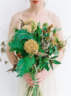 Natural earthy bouquet, hand picked by Libel Lulla Ibiza