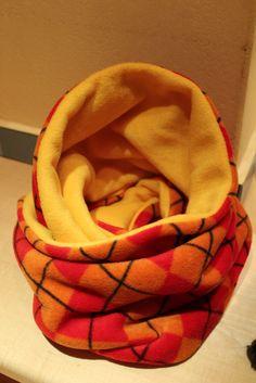 Fleece Loop mollig warm <3 Bean Bag Chair, Baby, Facebook, Handmade, Shopping, Home Decor, Round Round, Nice Asses, Homemade Home Decor