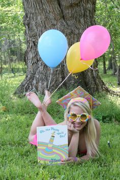 Cutest graduation photo idea!