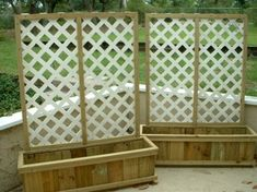 Backyard privacy fence landscaping ideas on a budget (24)