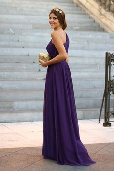 trendy_taste-look-outfit-street_style-vestido_boda-lila-violeta-purple-wedding_dress-smart-elegante-AD-adolfo_dominguez-golden_clutch-bolso_de_mano-dorado-tiara-golden_crown-corona-drapeado-draped-special_events-polaroid-10