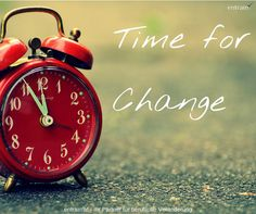 Want big change? Take on a few of these tiny habits. With minimum effort, you'll see change that maximizes over time. Frases Coaching, Affirmations, Der Computer, Time For Change, Improve Yourself, Make It Yourself, Time Management Tips, Transform Your Life, Smart People