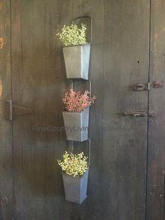 Set 3 Primitive Country Farmhouse Galvanized Hanging Flower Pots Spring Summer #NaivePrimitive #farmhouse #garden #galvanized