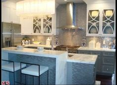 nice color for bar, like the horizontal mosaic tile