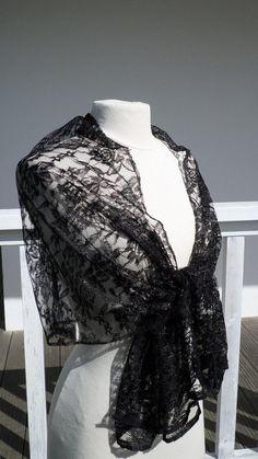f0cb7b40ebc83 Etole écharpe foulard châle en dentelle  noir pour femme créateur lin
