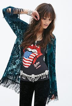Forever 21 is the authority on fashion & the go-to retailer for the latest trends, styles & the hottest deals. Shop dresses, tops, tees, leggings & more! Boho Green, Teal Green, Kimono Pattern, Forever 21 Sweater, Indie Fashion, Beautiful Outfits, Beautiful Clothes, Autumn Winter Fashion, Long Sleeve Tops
