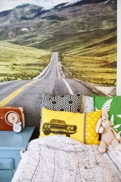{ Det nye BARNEROMMET } Line Photo, House Pics, Yellow Line, Home Pictures, Of Wallpaper, Nye, Colors, Colour, Color