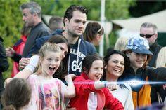 Henry no Groove Festival 2015 com seus fãs pequeninos