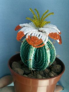 Одноклассники Seed Bead Flowers, Wire Flowers, Seed Beads, Beaded Flowers Patterns, Cactus Craft, Cactus Flower, Beads And Wire, Crochet Dolls, Wedding Flowers