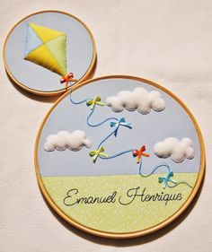 New Ideas baby diy mobile embroidery hoops Diy Mobile Embroidery Hoop, Diy Embroidery Shirt, Embroidery Hoop Crafts, Hand Embroidery Designs, Embroidery Art, Baby Crafts, Felt Crafts, Felt Pictures, Baby Mobile