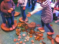 Techniekkoffers van juf Evy - hard en zacht - Lespakket Autumn Activities, Sensory Activities, Infant Activities, Outdoor Learning, Learning Through Play, Toddler Fun, Reggio Emilia, Play To Learn, Pre School
