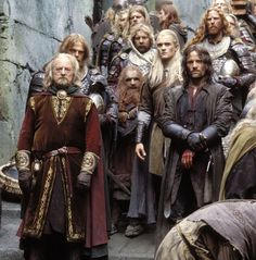 Viggo Mortensen, Orlando Bloom and Bernard Hill in The Lord of the Rings: The Two Towers